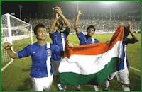 india football team players with indian flag